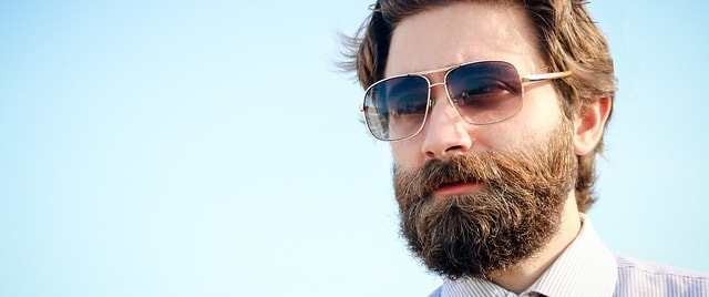this is exactly how often you should dye your beard