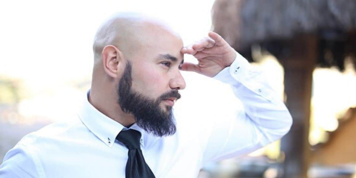 8 Essential Style Tips For Men Going Bald At 25