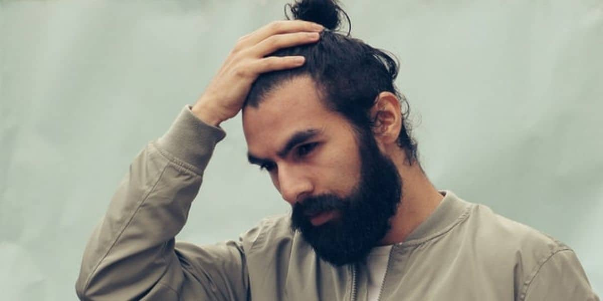 11 Things A Man Bun Says About You